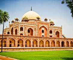Varanasi Honeymoon Tour Package